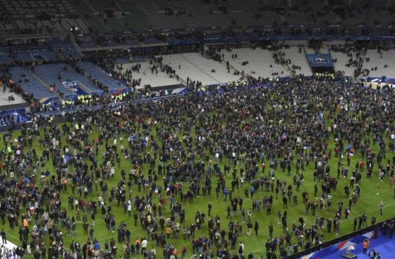 Stade de France: imágenes de los hinchas tras atentados [FOTOS]