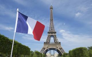 Bolsas suben con fuerza tras elecciones en Francia