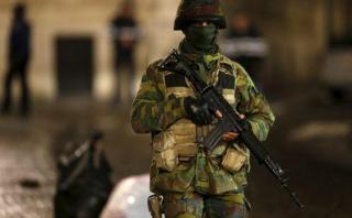 Bélgica: 21 detenidos, pero terrorista de París sigue prófugo