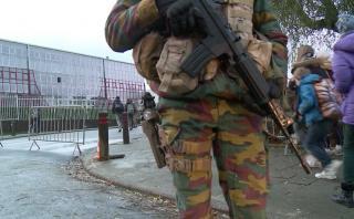 Bélgica: Reabren metro y escuelas pese a alerta antiterrorista