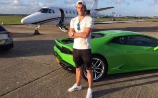 Insólito: Gareth Bale cree que manejar Lamborghinis lo lesionan