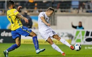 Real Madrid: magistral pase de James para gol en Copa del Rey