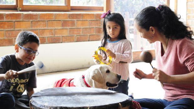 Animales y música: una fórmula que ayuda en todas las edades