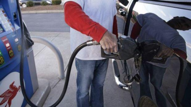 Petróleo cae a niveles de 2009 ¿quién gana y quién pierde?