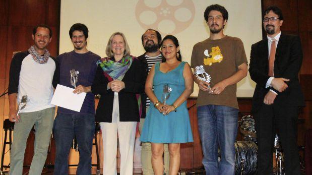 Premian a ganadores de concursos de Proyectos y Obras de cine