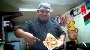 Ronald y el efecto anticucho: ahora tiene 30% más clientes