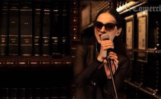 Paty Cantú en una sesión acústica desde