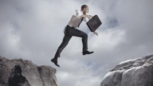 Aburrido: 5 pasos para hacer un cambio de sector exitoso