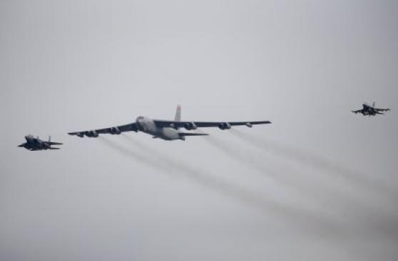 EE.UU. envía a Corea del Sur su poderoso bombardero B-52