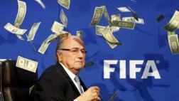Blatter aún recibe sueldo de la FIFA pese a inhabilitación