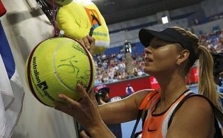 Maria Sharapova avanzó en el Australian Open y fue ovacionada