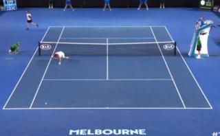 Andy Murray dejó en el piso a David Ferrer tras genial punto