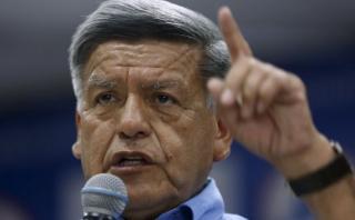 César Acuña: ex rector de UCV también niega firma en resolución