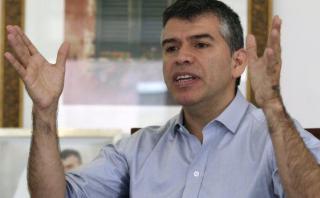 Julio Guzmán justificó reuniones entre Salcedo y Roy Gates