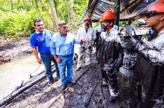 Candidatos siguieron campaña en zona de derrame de petróleo
