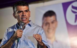 Julio Guzmán anuncia marchas por fallo contra su candidatura