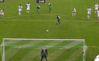Claudio Pizarro y el gol histórico que marcó con Werder Bremen
