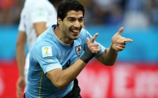 Uruguayos compran 500 boletos al día para vuelta de Luis Suárez