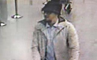 Bélgica busca testigos para reconocer a terrorista del sombrero