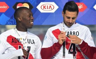 Pizarro defendió a Advíncula de críticas por salida nocturna
