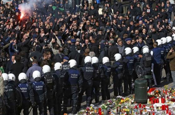 Cientos de enmascarados belgas protestaron contra el terrorismo