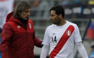 Pizarro contradice a Gareca respecto a su posición en el campo