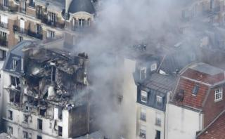 Explosión en París deja ocho heridos y un edificio en ruinas