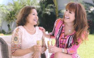 Magaly Medina presentó a su progenitora por el Día de la Madre