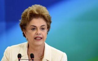 Dilma descarta su renuncia y asegura que luchará por volver