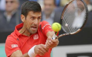 Djokovic se ofuscó y rompió raqueta en duelo ante Nadal [VIDEO]