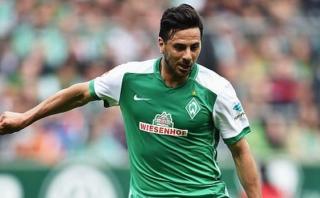 Pizarro participó en gol con el que Bremen se salvó de la baja