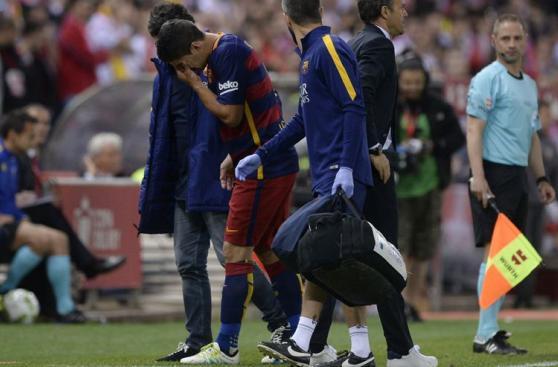 Luis Suárez: así fue la lesión que preocupa a Uruguay [FOTOS]