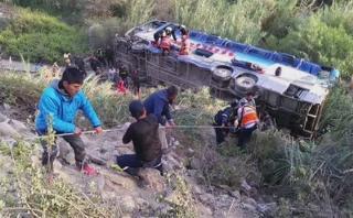Chosica: subió a dos la cifra de muertos por caída de bus