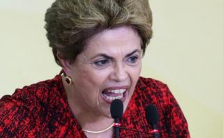 Dilma arremete contra la prensa por relacionarla con Odebrecht