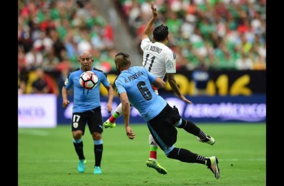 México derrotó 3-1 a Uruguay: las mejores imágenes del partido