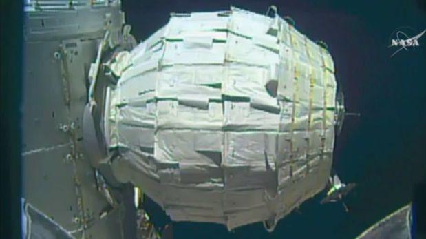 Astronauta entró por primera vez al módulo inflable de la EEI