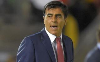 "Técnico de Ecuador tras empate ante Perú: ""Hicimos todo mal"""