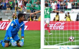 'Chicharito' Hernández anotó gran tanto de cabeza ante Jamaica