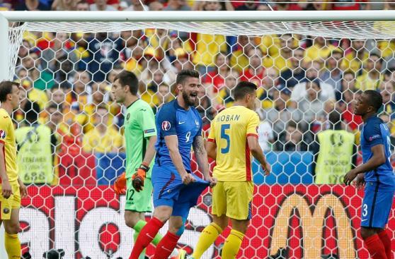 Francia vs. Rumanía: pierna fuerte y celebraciones en Eurocopa