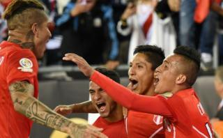 Perú venció 1-0 a Brasil y pasó primero en Copa América 2016