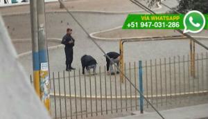 Policía ordenó hacer ejercicios a jóvenes que fumaban en parque