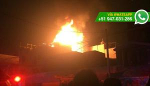 Ate: incendio en taller clandestino afectó a vecinos