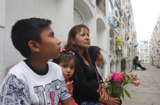 Cementerio El Ángel: así se conmemoró el Día del Padre [FOTOS]