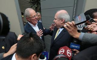 Pedro Cateriano y PPK se reunieron para coordinar transferencia