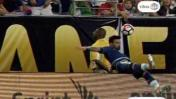 Lavezzi sufrió accidente en pleno partido y preocupó a todos