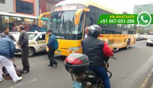 Bus circuló en contra para evitar tráfico y generó accidente