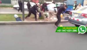 Fiscalizadores y ambulantes se enfrentaron en Av. La Molina