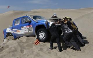 Jorge Oshiro estable tras accidente en tercera etapa