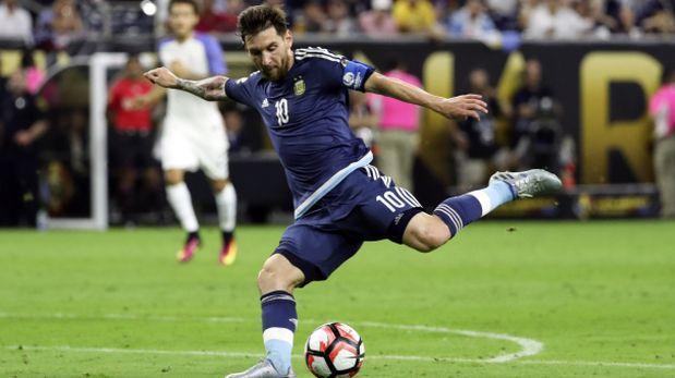 """Pizzi: """"Messi es el jugador más trascendental de la historia"""""""