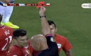 Argentina vs. Chile: Marcelo Díaz y una insólita tarjeta roja